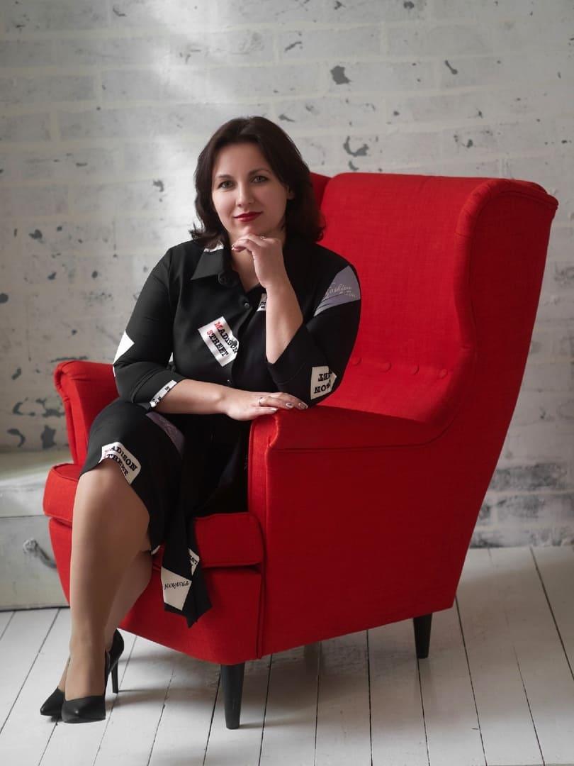 Ильина Ксения Леонидовна, Преподаватель английского языка