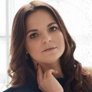 Павлова<br> Ксения Сергеевна, Преподаватель английского и французского языков