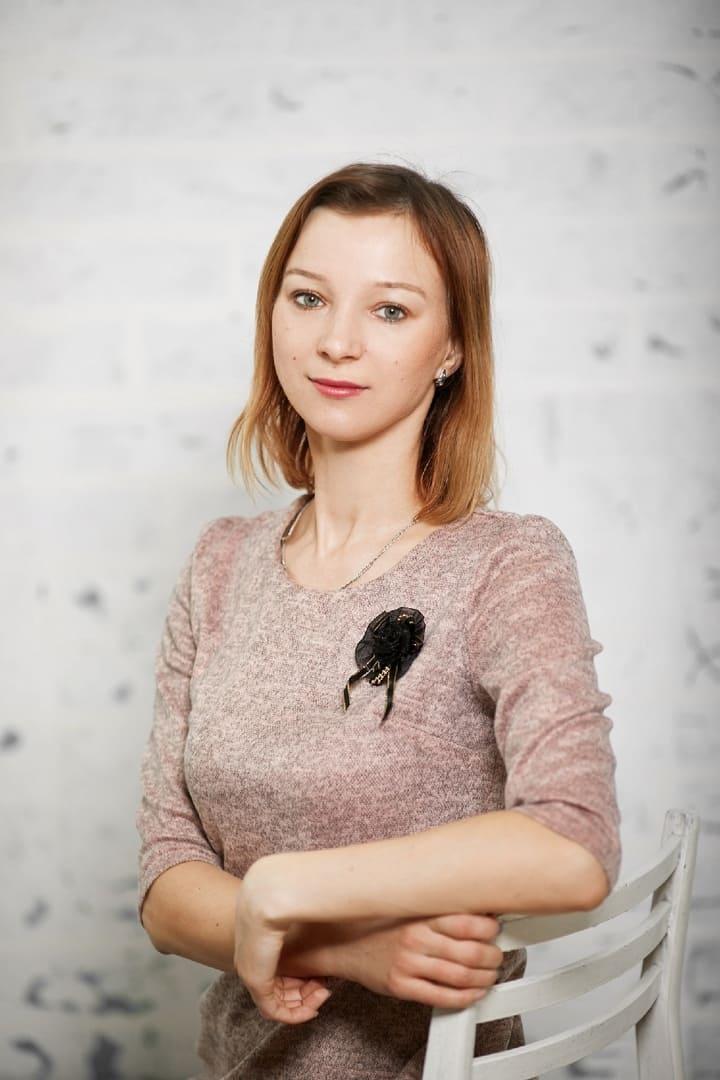 Куровская Снежанна Александровна, Преподаватель итальянского, немецкого и английского языков